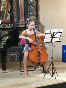 person-Loryn_Mansat_Gros-Sommer_2019-La_Chapelle_Saint_Geniez_dOlt_Aveyron_France
